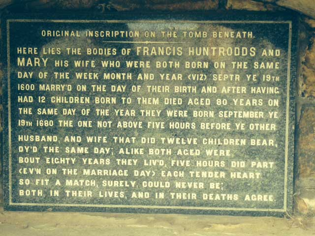 Huntrodds Plaque detailing Whitby history