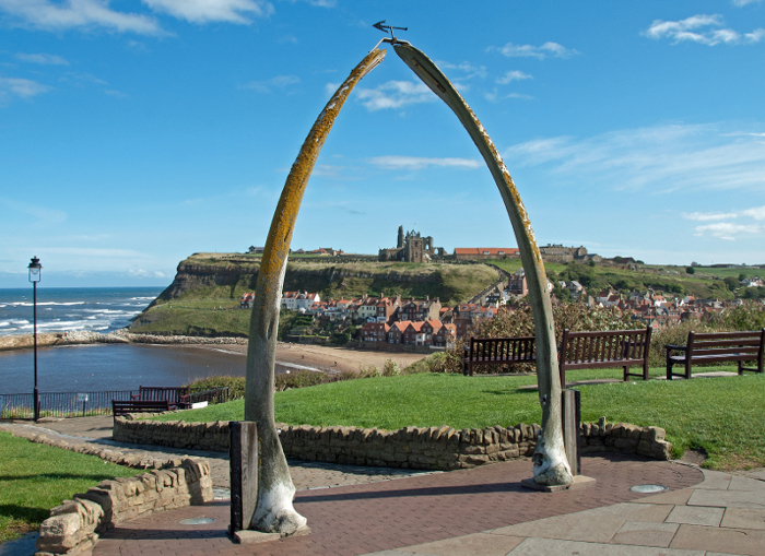 whalebone arch to memorialise Whitby's whaling history