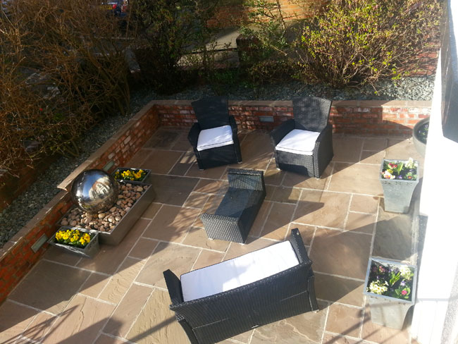 The courtyard seating area at The Leeway bed and breakfast, Whitby