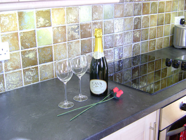 Enjoy a sparkling reception at Lemon Cottage in Whitby