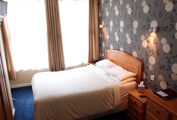 A en suite double guest bedroom at The Lodge, Bagdale Hall Hotel, Whitby