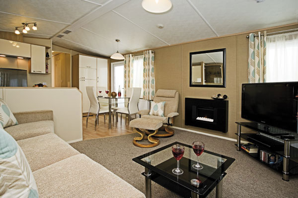 A charming living area at The Flask Inn Holiday Park