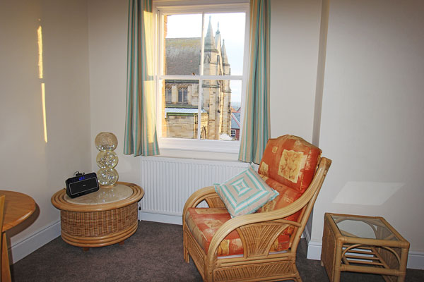 The delightful lounge area at Dawn's Gem Apartment, Whitby