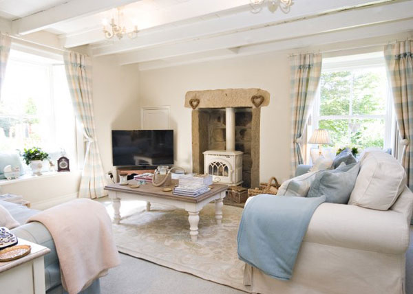The spacious lounge at The Retreat, Gorgeous Cottages, Whitby