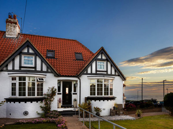 A delight cottage close to the see, available from Sykes Cottages, Whitby