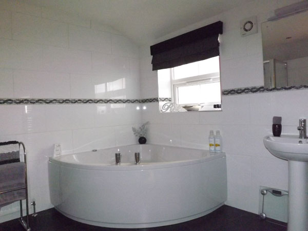 The modern bathroom at Seaview, Whitby