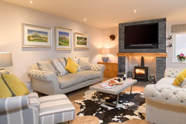 Astonishing Ingrid Flutes Yorkshire Holiday Cottages Home Interior And Landscaping Oversignezvosmurscom